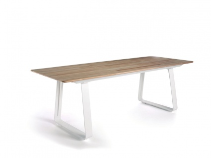 Elko Outdoor Table