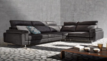 Como sofa with chaise