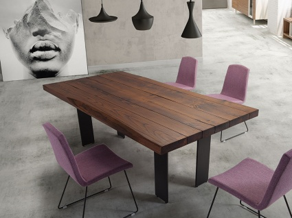 Fusta wooden dining table