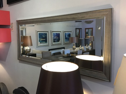 Ainsworth leaner mirror display