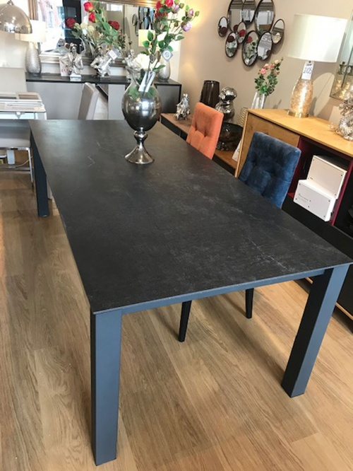 Malia Dekton display Dining table 220x100cm