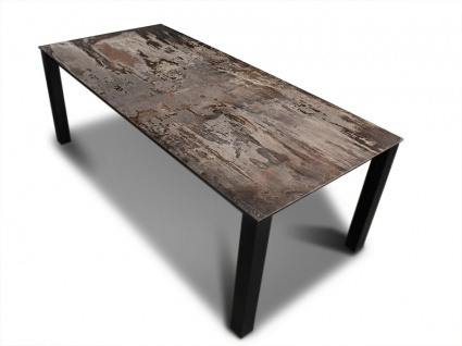 Malia Dekton Trillium dining table