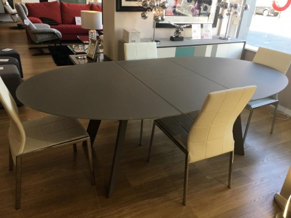 Moon glass ext. dining table 180/240x120cm