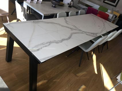 Valencia ceramic top ext. dining table 200/300x100cm