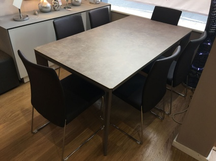 Urbanceramic ext. dining table 165/265cm + 6 Ruth chairs