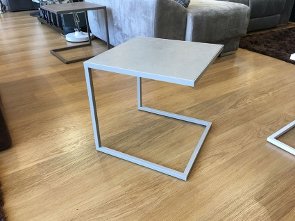 Life ceramic side table in grey display 46x46cm