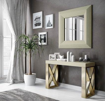 Luxe console with matching mirror 040