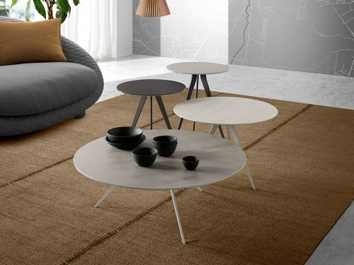Trendy ceramic round coffee table