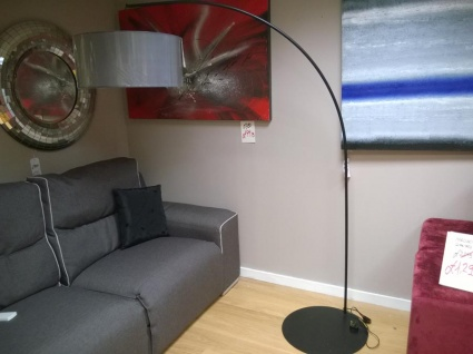 Sun7 floor lamp black display