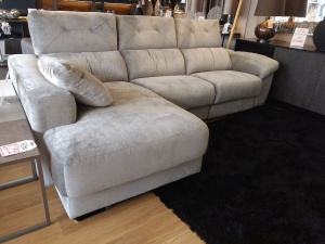Alba Ex Display sofa with chaise