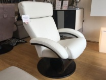 Hola recliner armchair in white leather display