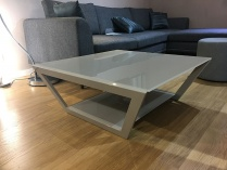 Valley glass dining table display 90x90cm