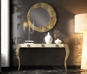 Luxe console with matching mirror 030
