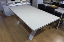 Xenon ceramic ext. table 200/290x100cm in Blaze Snow display