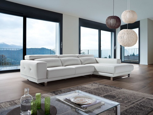 Ronda sofa with chaise