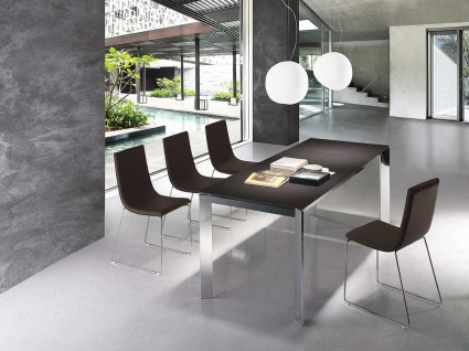 Link extendable dining table