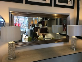 Erskin leaner mirror display