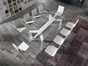 Metropolis glass extendable dining table
